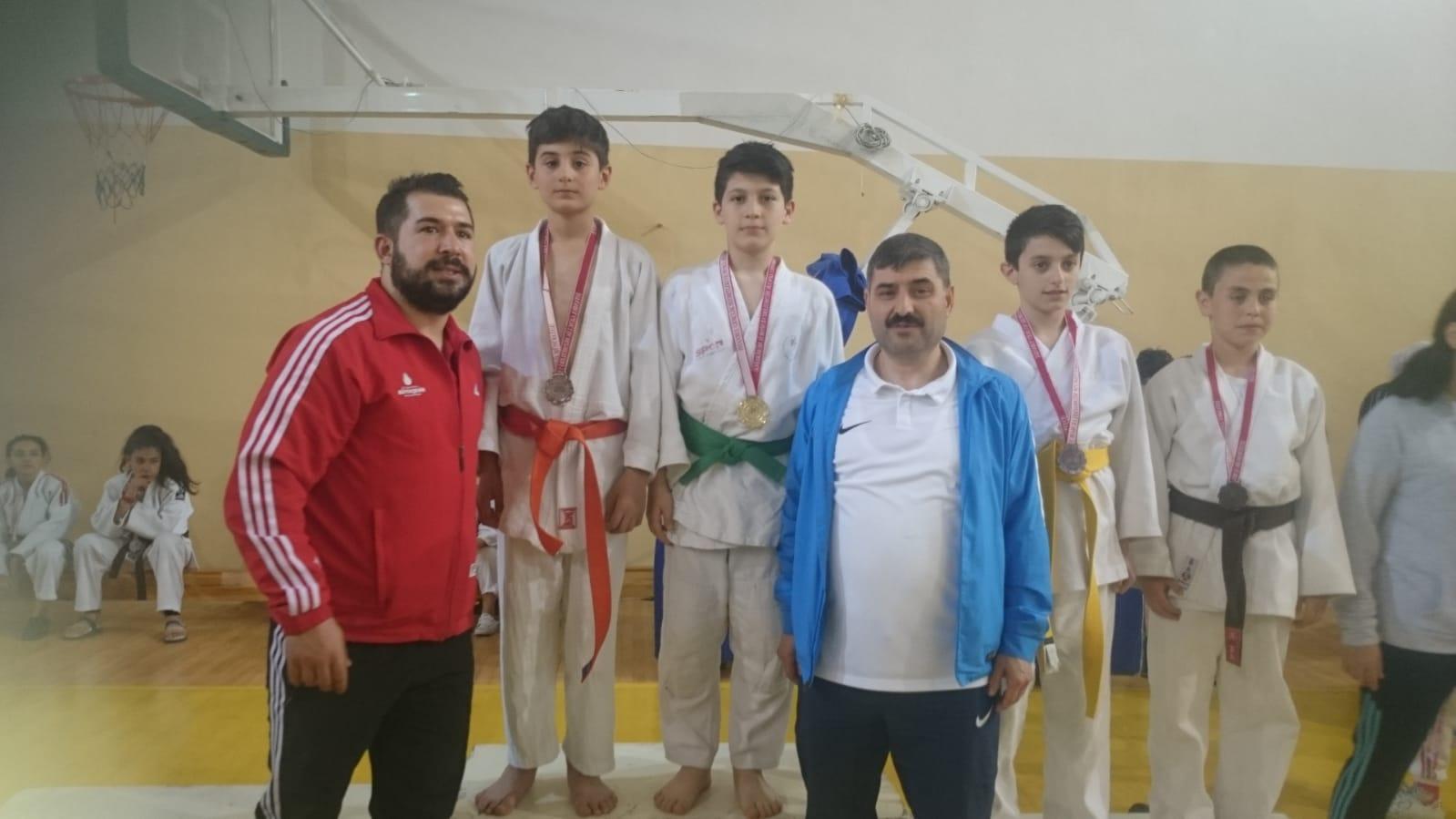 Judo Sporcularımız Minikler İstanbul İl Seçmesi - HABERLER - MAVİ HALİÇ Gençlik ve Spor Kulübü Derneği | Mavi Haliç