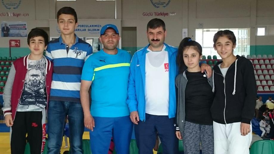 Yıldızlar Okullar Arası Türkiye Şampiyonası - MAVİ HALİÇ Gençlik ve Spor Kulübü Derneği | Mavi Haliç