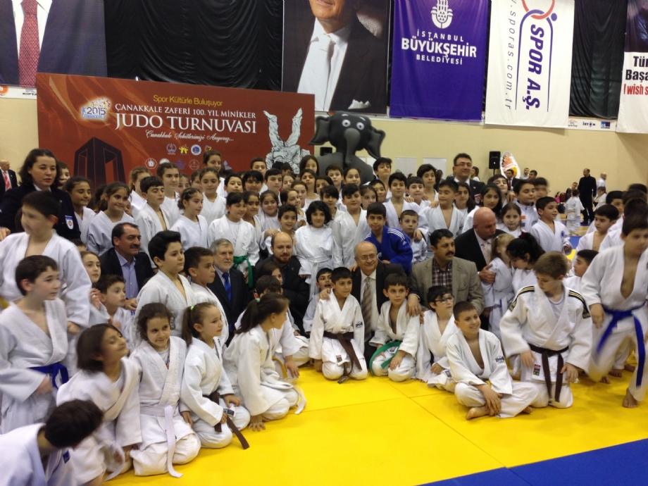 Çanakkale 100. Yılı anısına Judo Turnuvası - MAVİ HALİÇ Gençlik ve Spor Kulübü Derneği | Mavi Haliç