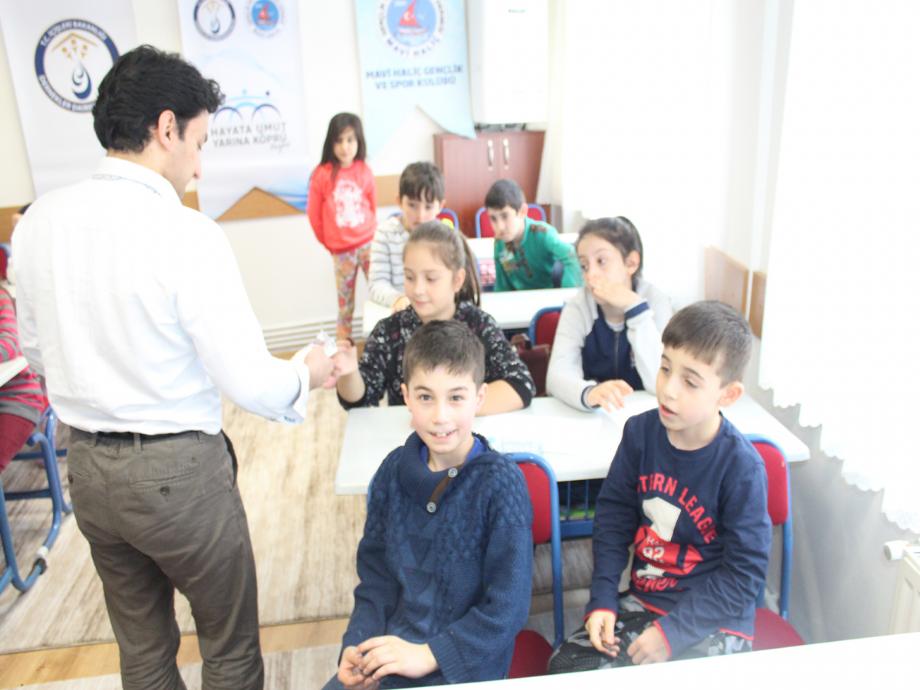 Hayata Umut Yarına Köprü Projesi - MAVİ HALİÇ Gençlik ve Spor Kulübü Derneği | Mavi Haliç