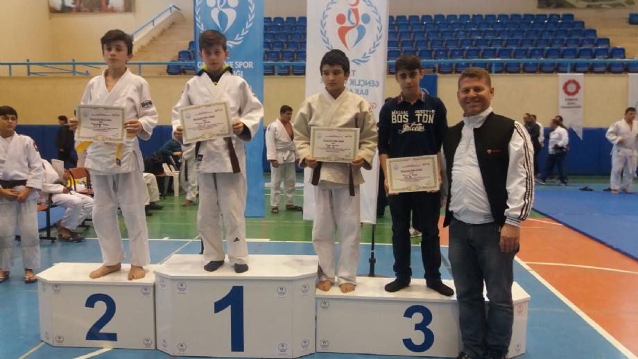 JUDO MÜSABAKALARI  - MAVİ HALİÇ Gençlik ve Spor Kulübü Derneği | Mavi Haliç