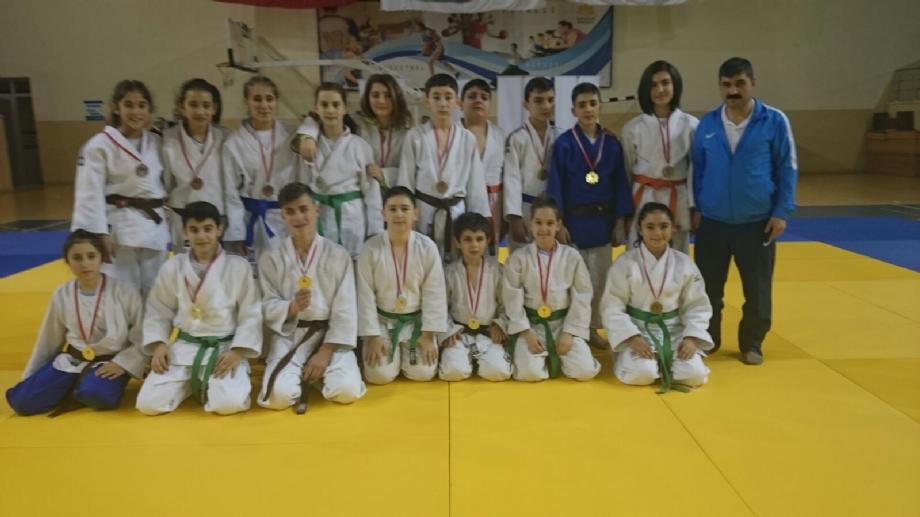 Yıldızlar Okullar İl Seçmesi - MAVİ HALİÇ Gençlik ve Spor Kulübü Derneği | Mavi Haliç