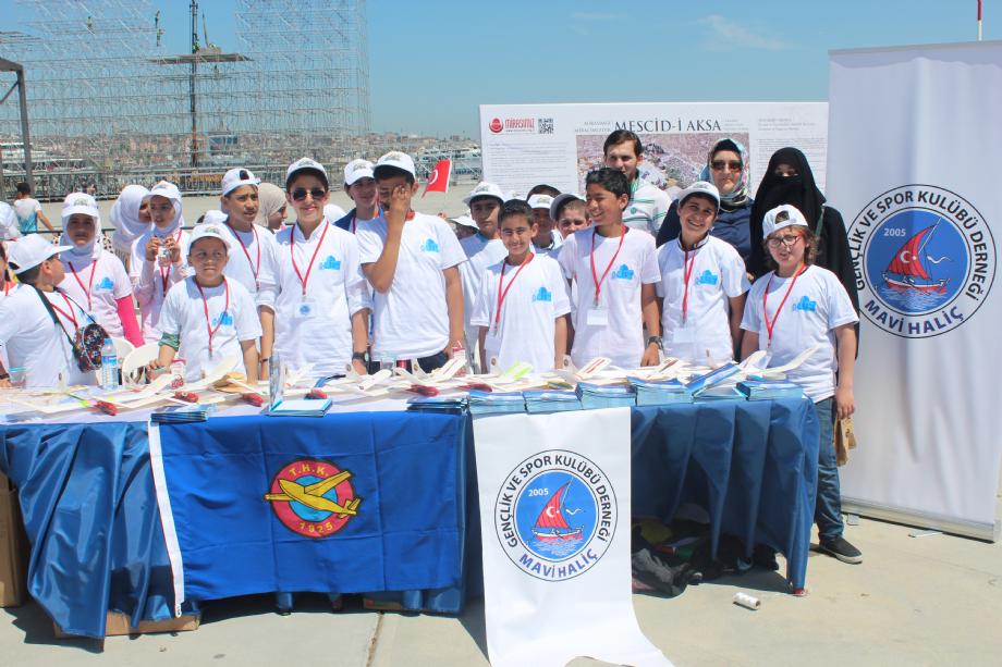 Gençlik Fuarı - MAVİ HALİÇ Gençlik ve Spor Kulübü Derneği | Mavi Haliç