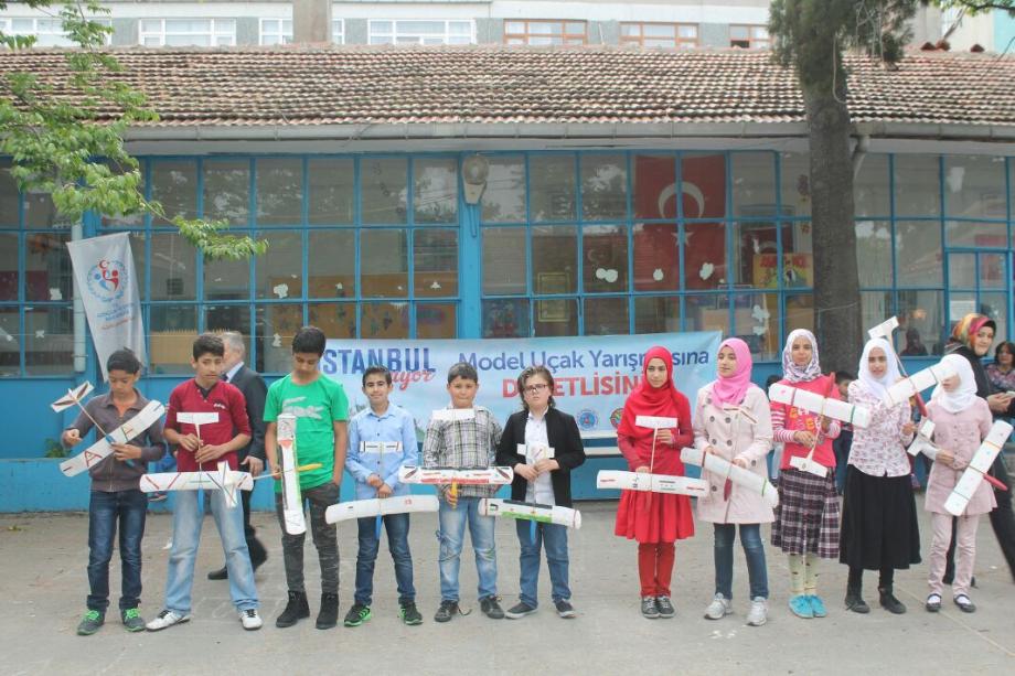 MODEL UÇAK YARIŞMASI - MAVİ HALİÇ Gençlik ve Spor Kulübü Derneği | Mavi Haliç